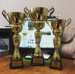 Кубки для победителей и призёров Традиционного соревнования «МАМА, ПАПА, Я - спортивная семья» под девизом «Мое здоровье - мое достояние»